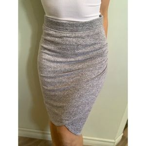 Small, Wilfred Free, soft grey TYRA Skirt